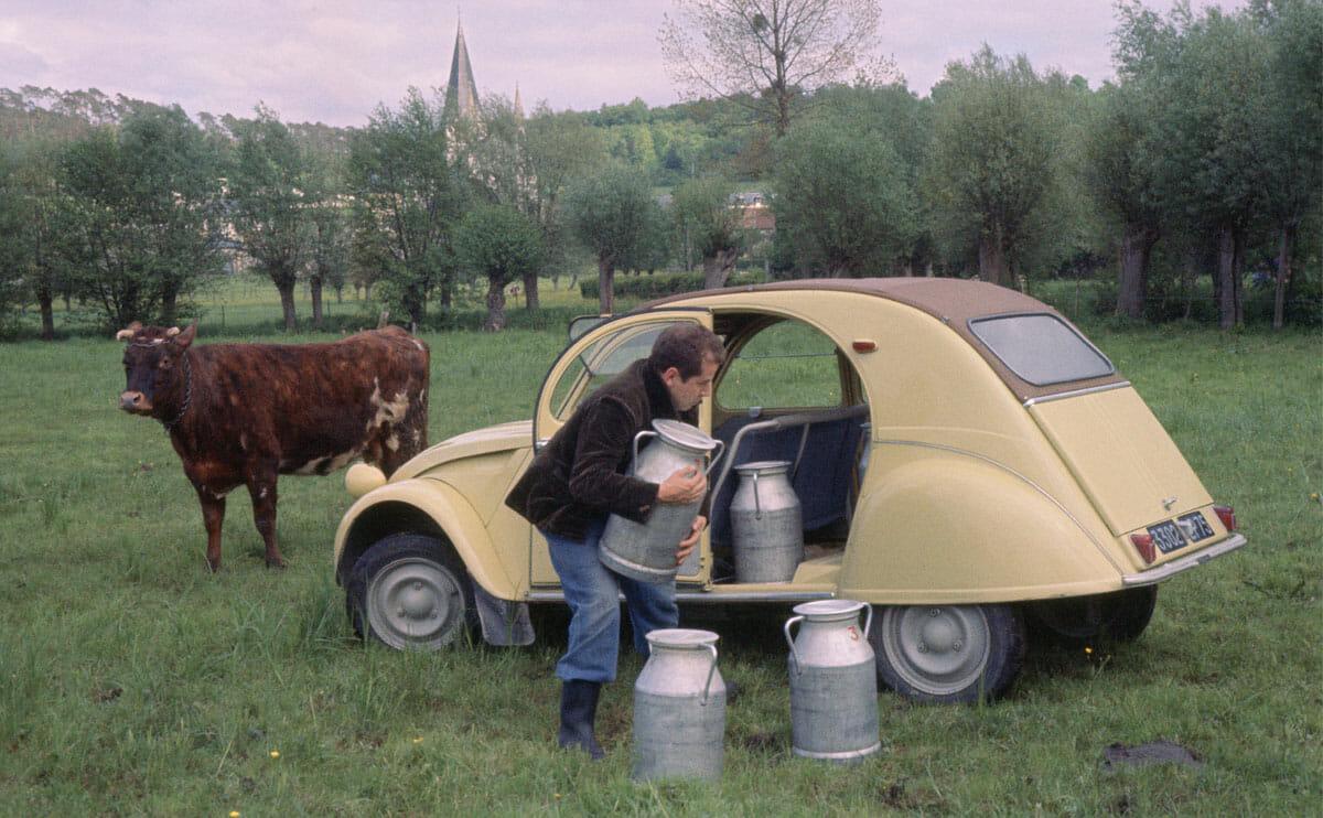 the citro u00c1 u00abn 2cv  the french farmer u0026 39 s favorite car