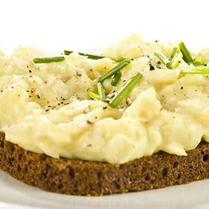 Rye bread topped with Plokkfiskur, or mashed fish. / Courtesy Café Loki.