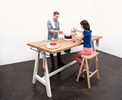 The cooking table can be placed in the center of a house, not just in a kitchen.