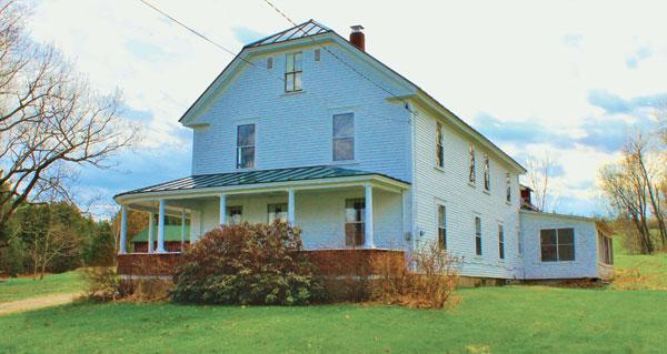 old shaw farm house