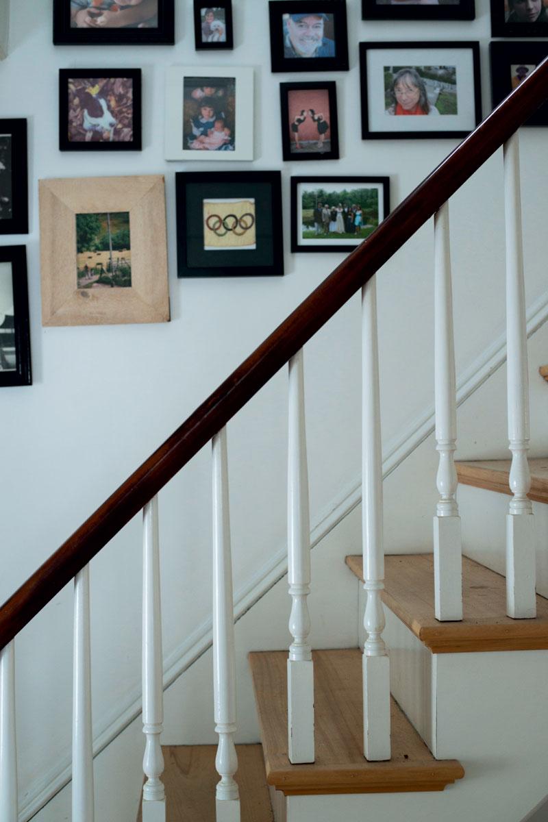 http://modernfarmer.com/wp-content/uploads/2016/01/urban-exodus-staircase.jpg