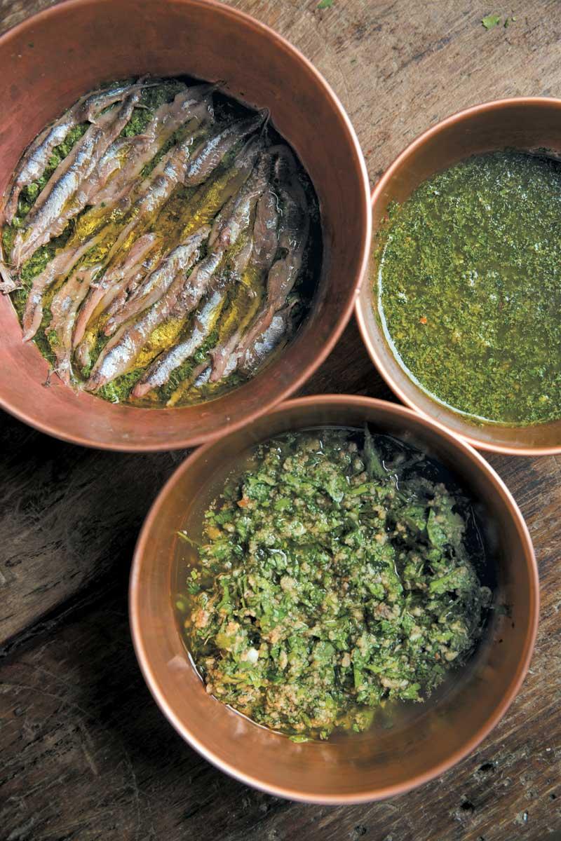 http://modernfarmer.com/wp-content/uploads/2016/03/belcampo-three-green-sauces.jpg