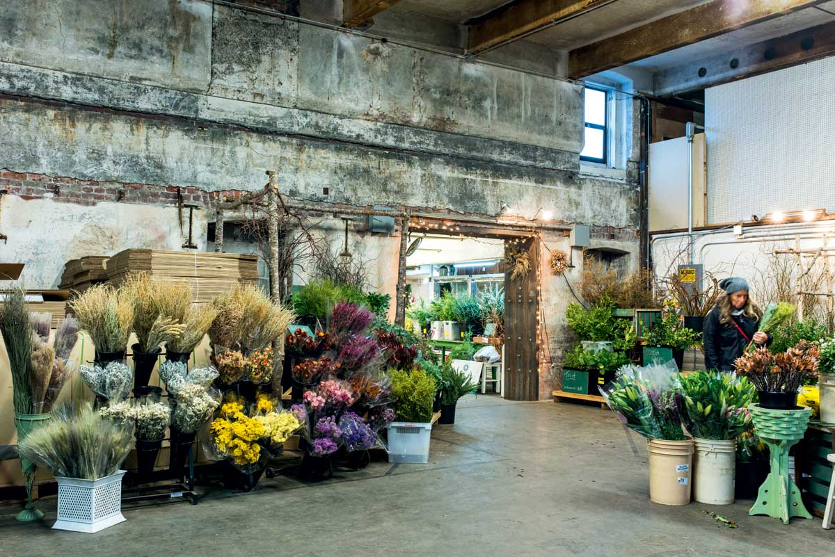 slow-flowers-seattle-wholesale-growers-market