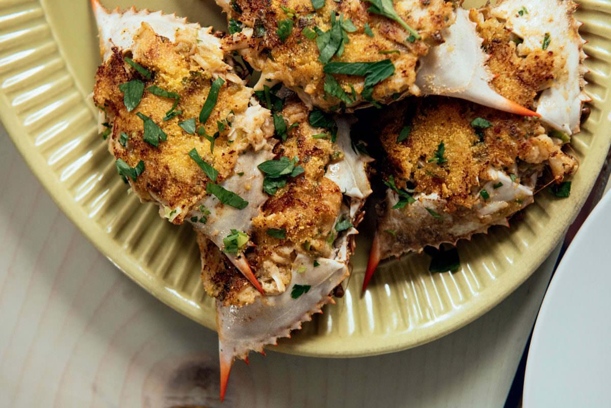 pan fried stuffed crabs