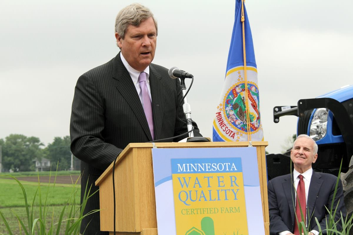 usda secretary tom vilsack abruptly quits what the heck is going on